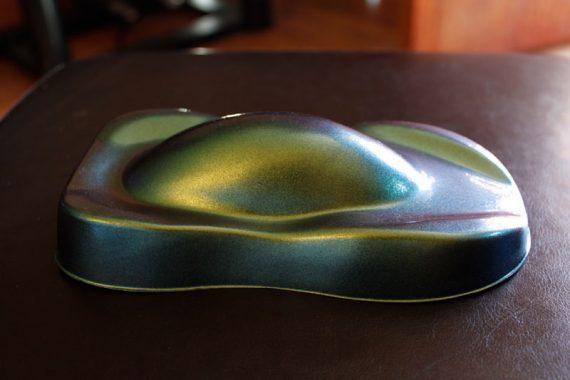 Side of 4739IO Chameleon Pearl